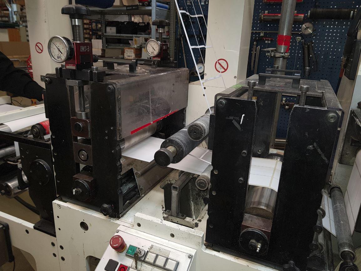 Burton Engineering Omega SR330 - Used Flexo Printing Presses and Used Flexographic Equipment-2