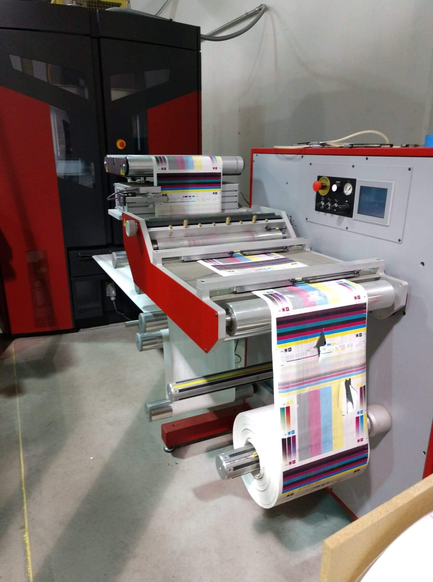 Xeikon 3030 - Used Flexo Printing Presses and Used Flexographic Equipment-5