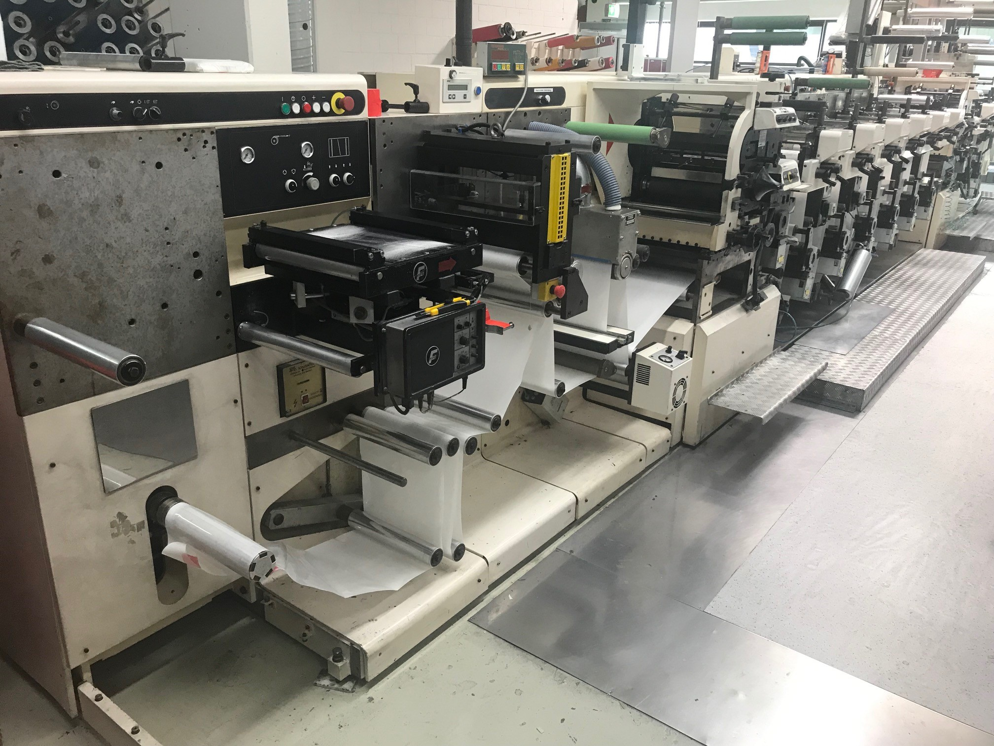 Nilpeter FA3300 - Used Flexo Printing Presses and Used Flexographic Equipment-0