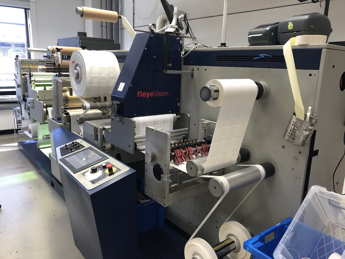 GM DC330 - Used Flexo Printing Presses and Used Flexographic Equipment-0